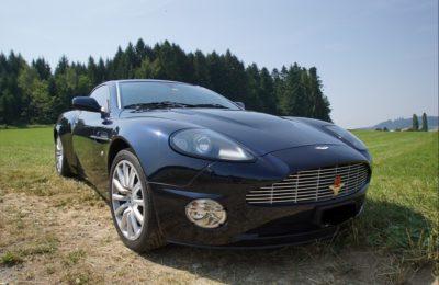 Aston Martin Vanquish_2